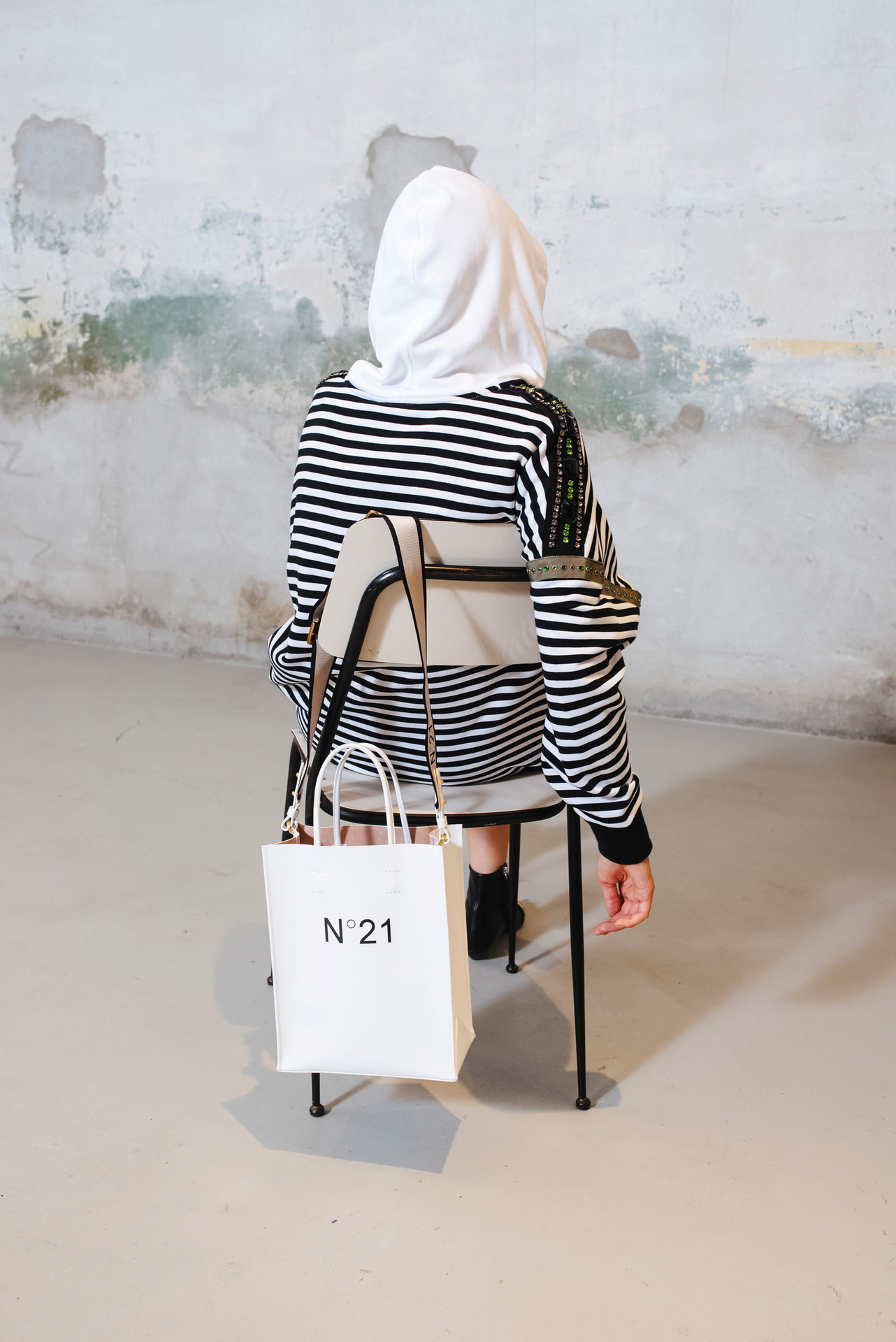 white shopper bag